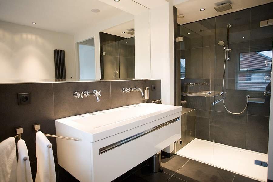 Badkamer luxe - Badkamerbouw ®